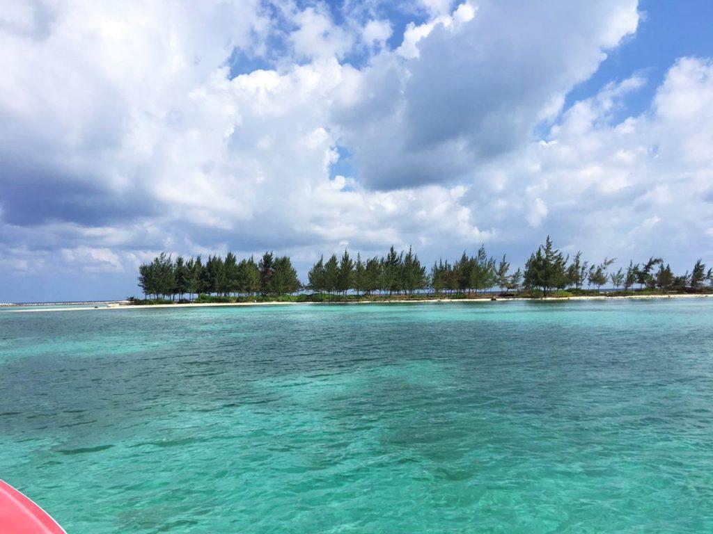 Roger's Cay Guanaja Roatan MLS 19-554