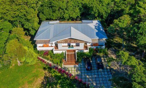 Roatan duplex for sale
